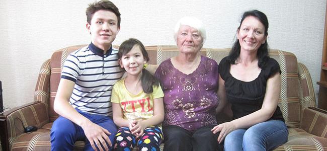 Dilyara Mejia found her birth mother and relatives in Kazakhstan